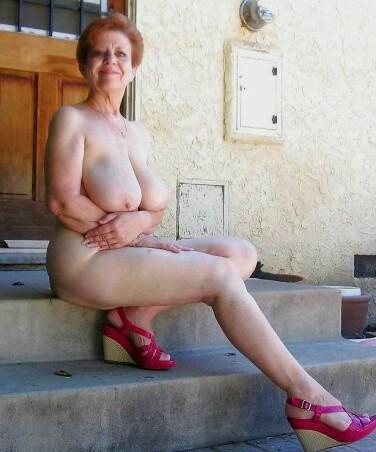 Femme mariée veut découvrir le sexe anal dans le 65