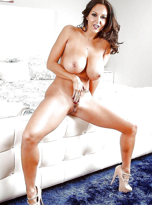 sexe nu en photo de cougar du 06