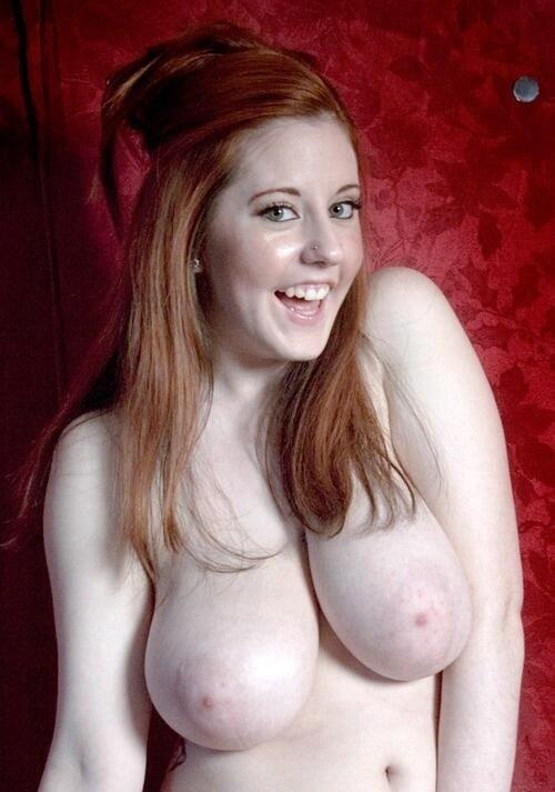 Photo femme nue offerte sur le 33